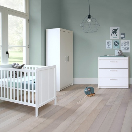 Europe Baby Ledikant 60-120 Wit / Commode 3 Laden / Hanglegkast 2 Deuren