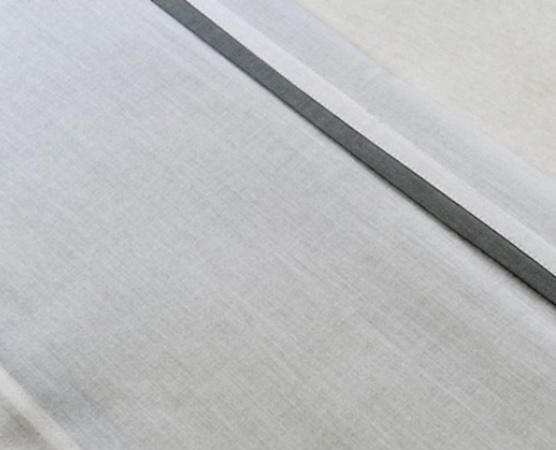 Jollein Laken Wit Met Bies Grijs <br> 120 x 150 cm