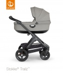 COMBI AANBIEDING Stokke® Trailz™ Black Terrain Wheels with Black Leatherette Handle + Carry Cot