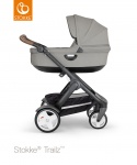 COMBI AANBIEDING Stokke® Trailz™ Black Classic Wheels with Brown Leatherette Handle + Carry Cot